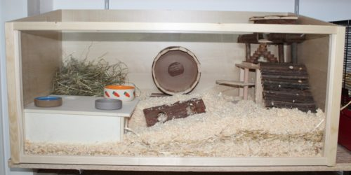 Hamsterkäfig aus Holz